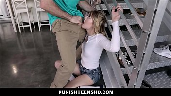 men self punishment Madre con hijo chiquito