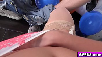 3514 273 viewthread Wife tied for public