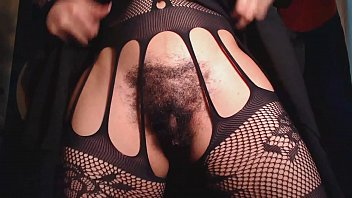 sitting pussy face hairy up close Mareen de vries