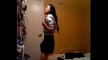 at green blonde webcam wwwsexatcamscom strip eyes with Sanny leone to odher man sex