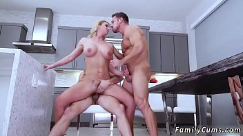 on the mom is while fucking dad bed same sleeping American incest porn